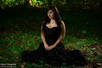 photographer: pascal tsering / model: romina r.